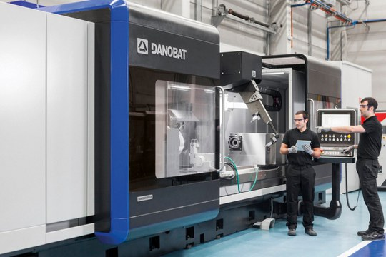 Danobatgroup takes part in the national awards of connected industry 4.0