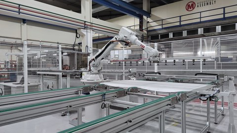 Mondragon Assembly is to develop a 100 MW PV module assembly line in Romania