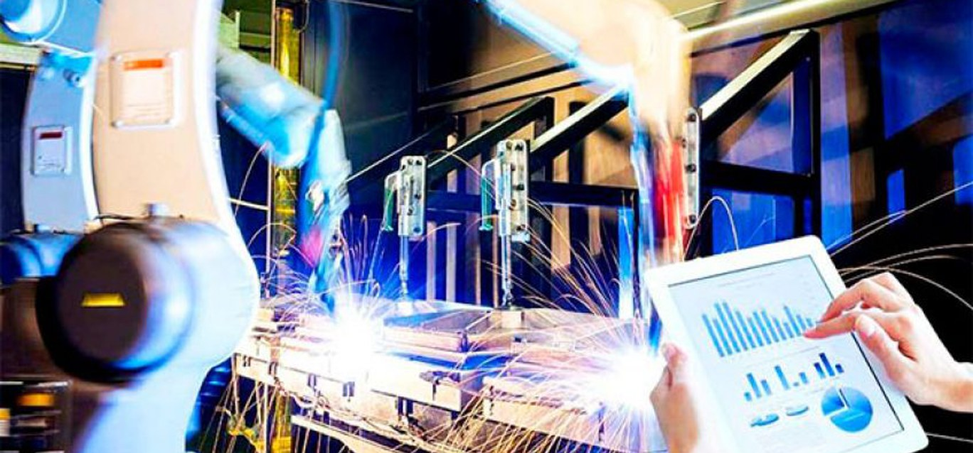 Additive industry, a part of what is called the «Fourth Industrial Revolution»