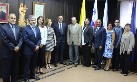 Alecop firma un convenio de colaboración con la universidad USMA de Panamá