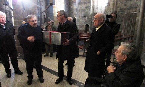 Arizmendiarrieta ya descansa en la parroquia de Mondragón