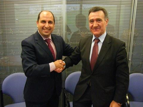 ATEGI firma un acuerdo para la recogida y gestión de residuos peligrosos generados en las cooperativas industriales de MONDRAGON