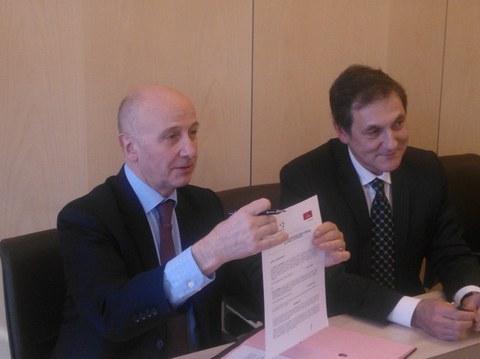Caja Laboral Ipar Kutxa y Crédit Coopératif suscriben un acuerdo para la financiación de empresas