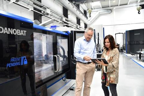 Acuerdo entre DanobatGroup y Accenture para impulsar su transformación digital