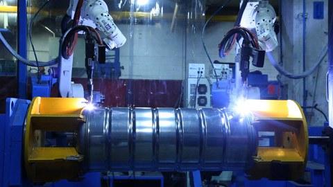 DOMUSA estrena una nueva línea de fabricación de acumuladores con la tecnología más avanzada de Europa