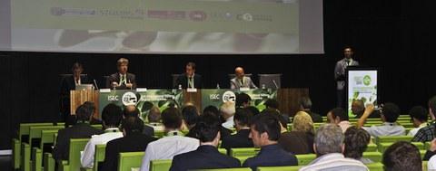 El Congreso Internacional Stirling arrancó con las primeras ponencias tras el acto de apertura