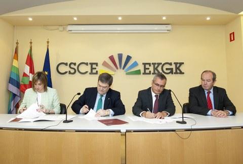 El Gobierno Vasco y el movimiento cooperativo vasco firman un acuerdo de colaboración