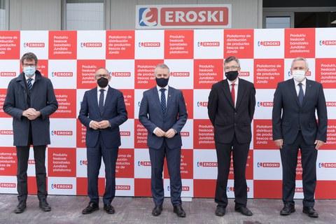 El Lehendakari Iñigo Urkullu visita la nueva plataforma de productos frescos de Eroski