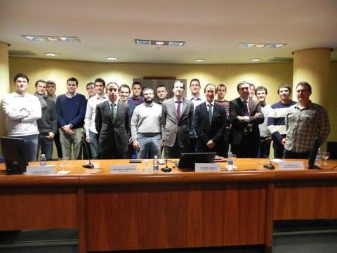 Entrega de diplomas a la primera promoción del Máster Profesional en Energía Eléctrica
