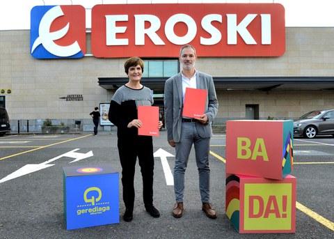 Eroski y Durangoko azoka renuevan su compromiso por la cultura vasca y el euskera