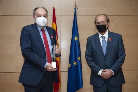EROSKI recibe el premio Ciudadanos por su compromiso durante la Covid-19