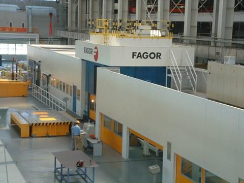Fagor Arrasate vende una línea de corte con prensa a Baosteel