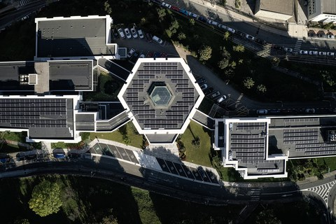 Ikerlan instala 300 placas fotovoltaicas en su sede de Arrasate
