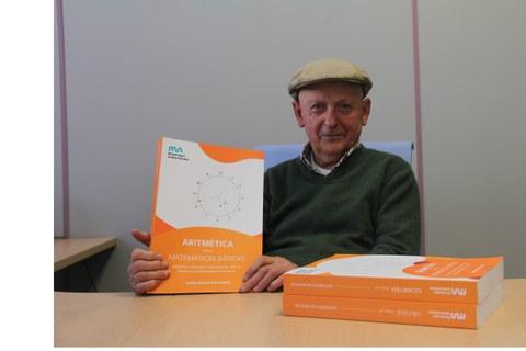 Julián Elorza presenta su libro 'Matemáticas Básicas'