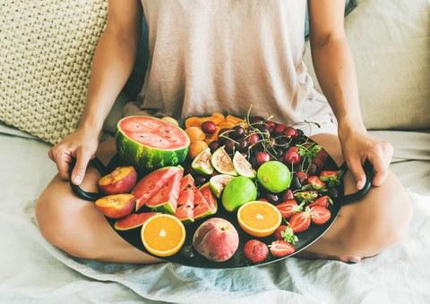 La fruta, buena opción para hidratarnos en verano