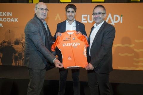La Fundación Euskadi celebra sus 25 años con la ambición de regresar al ciclismo de élite
