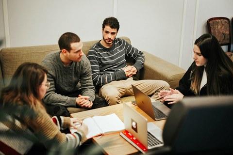 La incubadora de negocios Demium Startups abre una sede en Euskadi