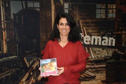 María García, recibe el premio de Viajes Eroski