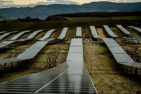 Mondragon Assembly desarrollará una línea de fabricación de módulos fotovoltaicos en Rumanía