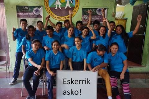 Mondragon Unibertsitatea colabora para que la asociación AMS siga con su labor solidaria
