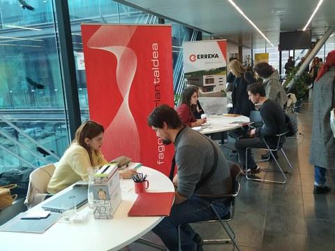 Notable participación de empresas del grupo en la exitosa primera Feria de Empleo de Debagoiena