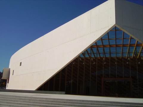 Proiek ha realizado la fachada del edificio emblemático Carlos Santamaría en Donostia