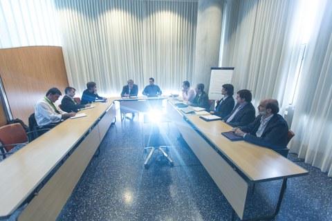 Reunión entre el representante de la Comisión Europea de Energía, Paul Verhoef, y una destacada representación de la Corporación MONDRAGON en Bilbao