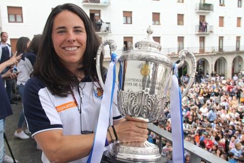 Trabajadora de GSR y campeona de la Copa con la Real Sociedad