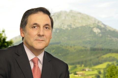 """Txomin García, Presidente del Consejo Rector de Caja Laboral: """"Queremos realizar una ampliación de capital de 165 millones de euros"""""""