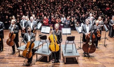 """""""Concertgebouw Chamber Orchestra""""ren kontzertura joan nahi?"""