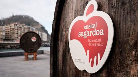 Eroskik 'Euskal Sagardoa' Jatorri izenari lagunduko dio