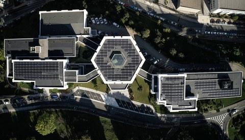 Ikerlanek 300 plaka fotovoltaiko jarri ditu Arrasateko egoitzan