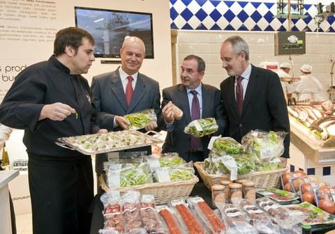 Kontsumitzaileekin hegaluzea dastatzeko saioak egingo dituzte Basque Culinary Center eta Eroskik