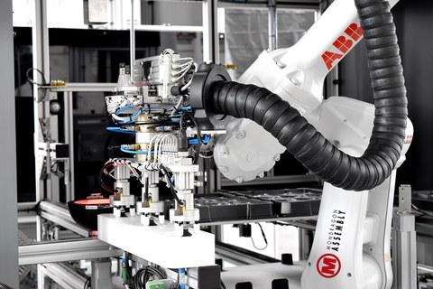 Mondragon Assemblyk beste eskari  global bat eskuratu du  automobilgintza sektorerako
