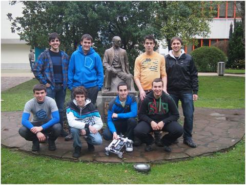 Mondragon Unibertsitateko ikasleak Europako First Tech Challenge lehiaketan